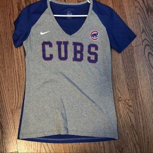 Cubs V neck shirt!